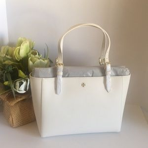 Tory Burch Emerson small bucket tote white